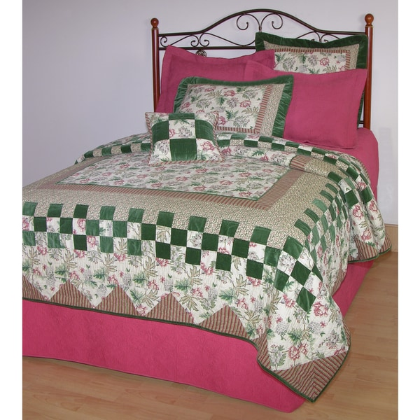 Plantation Patchwork Quilt (Shams Not Included)