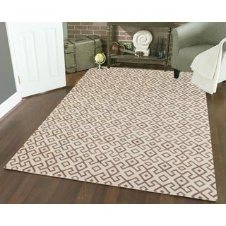 "Admire Home Living Bronte Aztec Ivory Area Rug (5'3"" x 7'3"")"