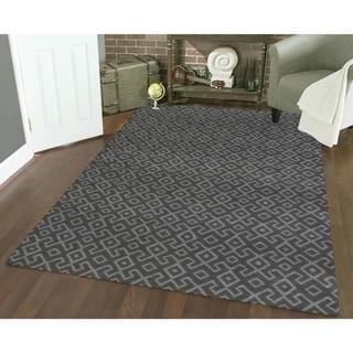 Admire Home Living Bronte Aztec Dark Grey Area Rug (5'3 x 7'3)