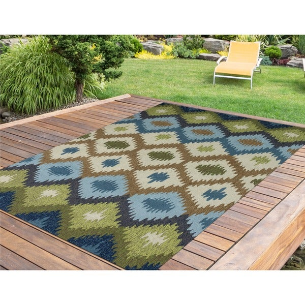 "San Mateo Blue/ Green Chevron Multi-purpose Indoor/ Outdoor Area Rug - 5' x 7'6"""