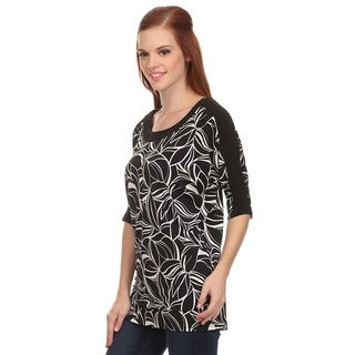MOA Collection Women's Top with Abstract Print