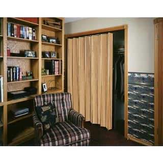 Spectrum Woodshire Light Oak Folding Door (36x96)