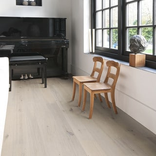 "SOLIDFLOOR Calista Oak Rustic Plywood Smoked White Oiled Engineered Hardwood Plank 19/32""thick X 7 31/64""wide"