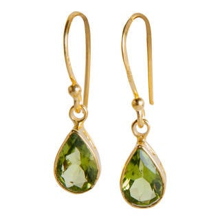 Handmade Gold Overlay Sterling Silver Peridot Dangle Earrings (India)