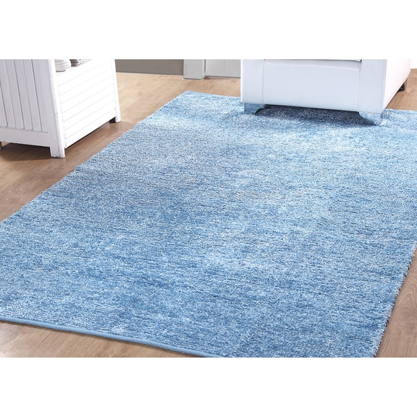 Shop Affinity Arlen Textured Plush Reversible Rug