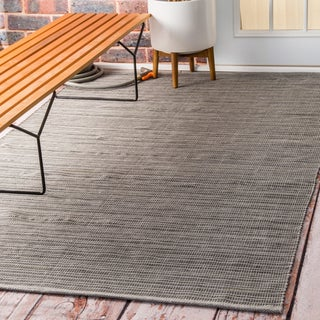 nuLOOM Flatweave Checkered Indoor/ Outdoor Patio Grey Area Rug (5' x 8')