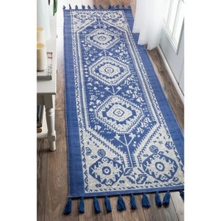 nuLOOM Flatweave Tribal Diamond Dragon Cotton Tassel Blue Runner Rug (2'6 x 8')