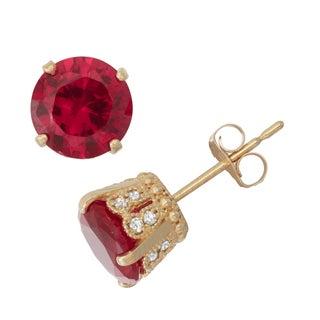Gioelli 10k Yellow Gold Created Ruby 1/6ct TDW Diamond Crown Stud Earrings (H-I/I1-I2)