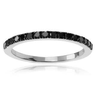 Journee Collection Sterling Silver 1/6 CT TDW Diamond Round Cut Band (2mm)