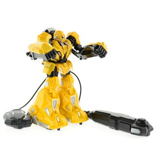 CIS Yellow Fighting Robot