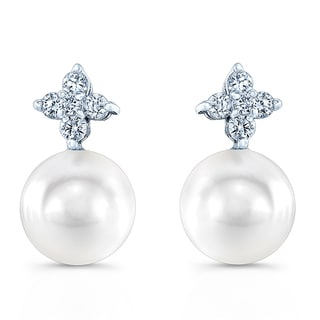 14k White Gold White Cultured Akoya Pearl 1/6ct TDW Diamond Earrings (H-I, VS1-VS2)