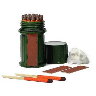 UCO Storm-proof Green Waterproof Case Match Kit with 25 Storm-proof Matches and 3 Strikers