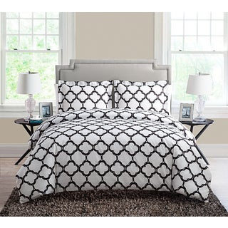 VCNY Galaxy 3-piece Duvet Cover Set (3 options available)
