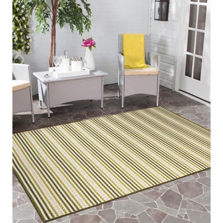 Half Moon Bay Avocado Green Multi-purpose Area Rug (7'6 x 9'6)