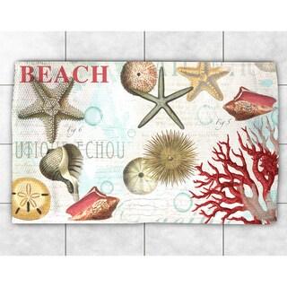 Dream Beach Shells Collage Accent Rug (4' x 6')