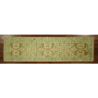 H3202 Antiqued Veg Dyed Ivory Oushak Wool Hand-knotted Runner (3' x 9')