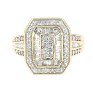 10k Yellow Gold 1 CTTW Round and Baguette Diamond Ring (J-K, I2-I3)