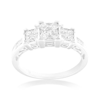 10k White Gold 1/2ct TDW Round and Baguette Diamond Ring
