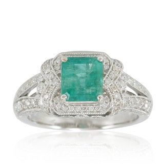 Suzy Levian 14K White Colombian Emerald .87ct TDW Diamond Ring (SI1-SI2, H-I)