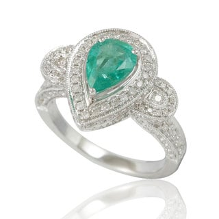 Suzy Levian 14K White Colombian Emerald 1.10ct TDW Diamond Ring (SI1-SI2, H-I)