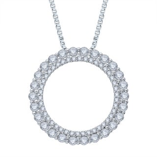 Unending Love 10k White Gold 3/4ct TDW Diamond Love Circle Pendant (H-I, I1-I2)