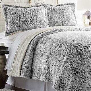 Amraupur Overseas Serta Faux Fur Reverse to Sherpa 3-piece Comforter Set