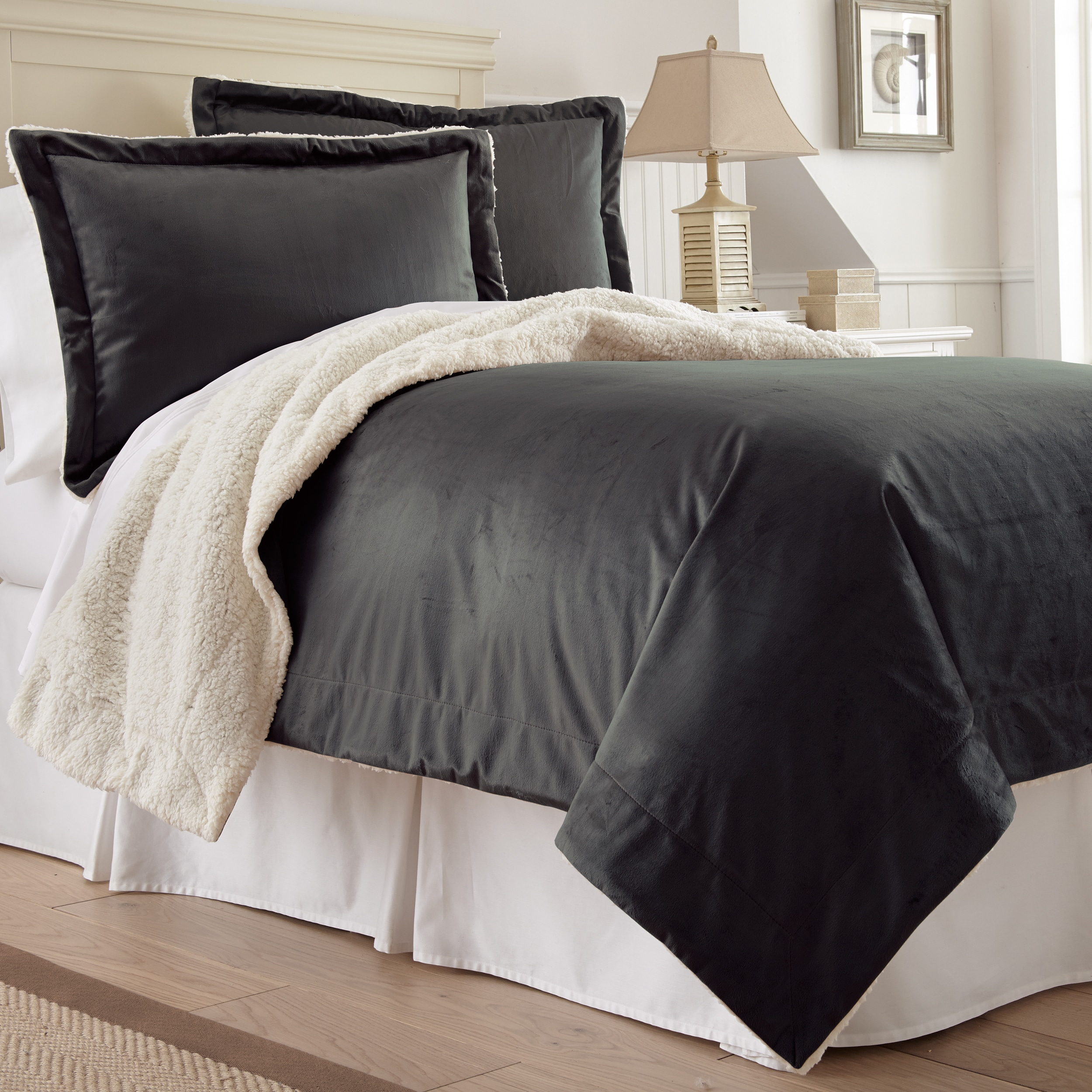 Amraupur Overseas Serta 3-piece Mink/ Sherpa Comforter Se...