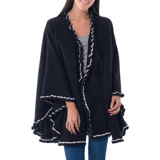 Handmade Alpaca Blend 'Andean Snow Princess in Black' Cape (Peru)