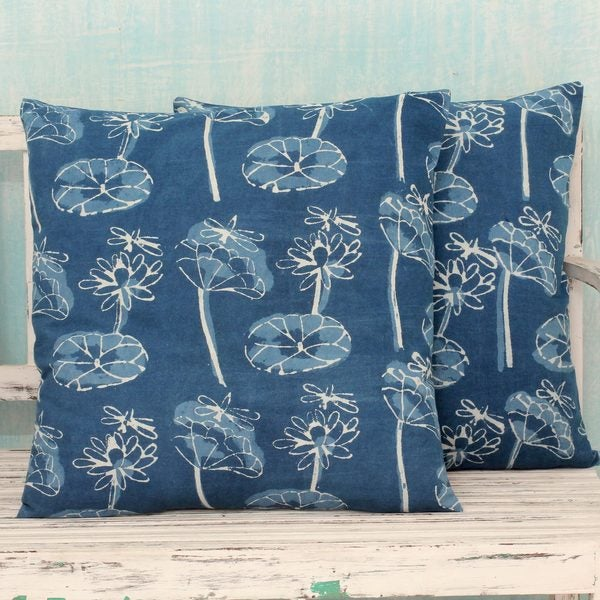 Handmade Set of 2 Cotton 'Dragonfly Garden' Cushion Covers (India)