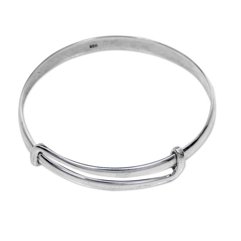 Handmade Sterling Silver 'Tender Embrace' Bracelet (Indonesia)