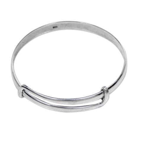 Handmade Sterling Silver Tender Embrace Bracelet (Indonesia)