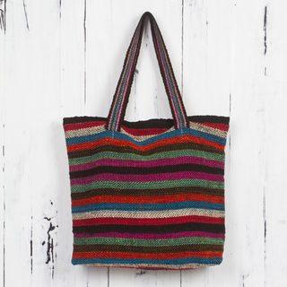 Handcrafted Wool 'Andean Boho' Shoulder Bag (Peru)