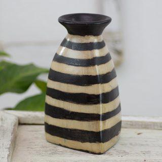 Handcrafted Ceramic 'Desert Triangle' Vase (Honduras)
