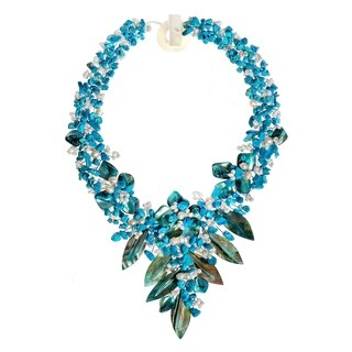 Handmade Fashion Floral Bouquet Stone and Shell Tapered Necklace (Thailand)