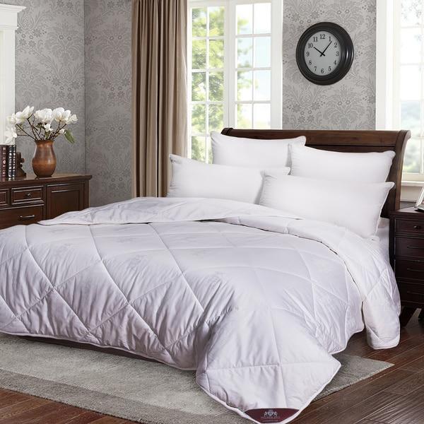 Medium Weight Jacquard Cotton Cover Australian Wool Comforter