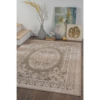 Alise Chenille Traditional Oriental Beige Area Rug (5'2 x 7'3)