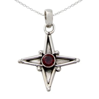 Handmade Sterling Silver 'Star of Love' Garnet Necklace (India)