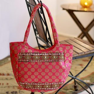 Handmade Embroidered 'India Rose' Shoulder Bag (India)