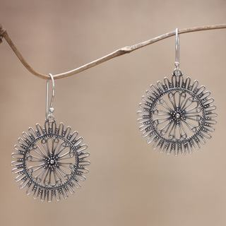 Handcrafted Sterling Silver 'Dazzling Suns' Earrings (Indonesia)
