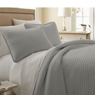 Southshore Fine Linens Oversized 3-piece Quilt Set King/Cal.King Size in Bright White (As Is Item)
