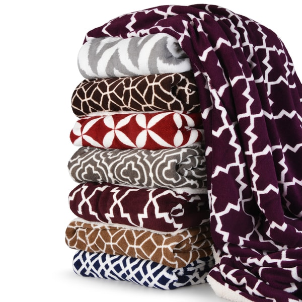 Journee Home Patterned Plush Sherpa Throw