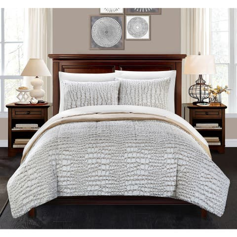 Chic Home Caimani Beige Faux Fur Queen 3-piece Comforter Set