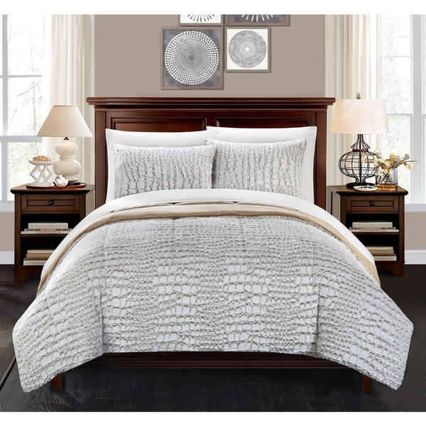 Chic Home Caimani Beige Faux Fur Queen 3-piece Comforter Set. Opens flyout.