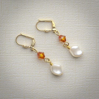 Flirty Pearl Dangle Earrings