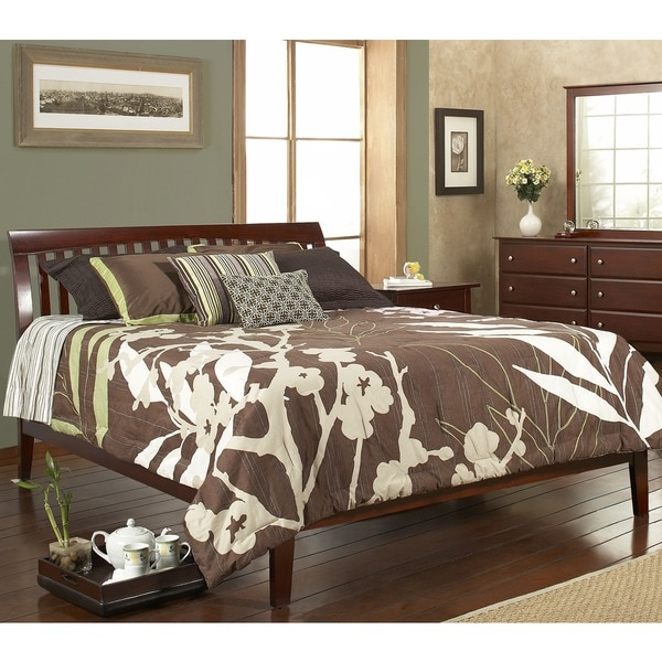 Contemporary Shaker Queen-size Platform Bed