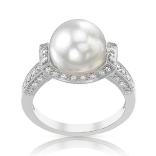 Radiance Pearl 18k Gold White South Sea Pearl and Diamond Ring (G-H, SI1-SI2)