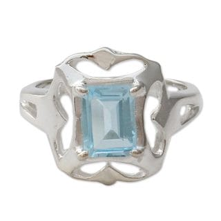 Handcrafted Sterling Silver 'Reverie' Blue Topaz Ring (India)