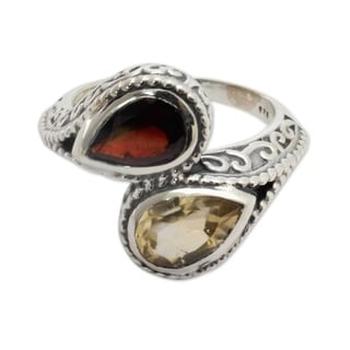 Sterling Silver 'Undeniable Attraction' Citrine Garnet Ring (India)