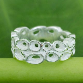 Sterling Silver 'Lotus Wreath' Ring (Thailand)