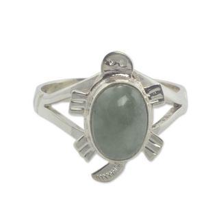 Handmade Sterling Silver 'Light Green Marine Turtle' Jade Ring (Guatemala)